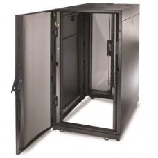 APC AR3104 Шкаф NetShelter SX 24U, ширина 600 мм, глубина 1070 мм, черные боковые панели